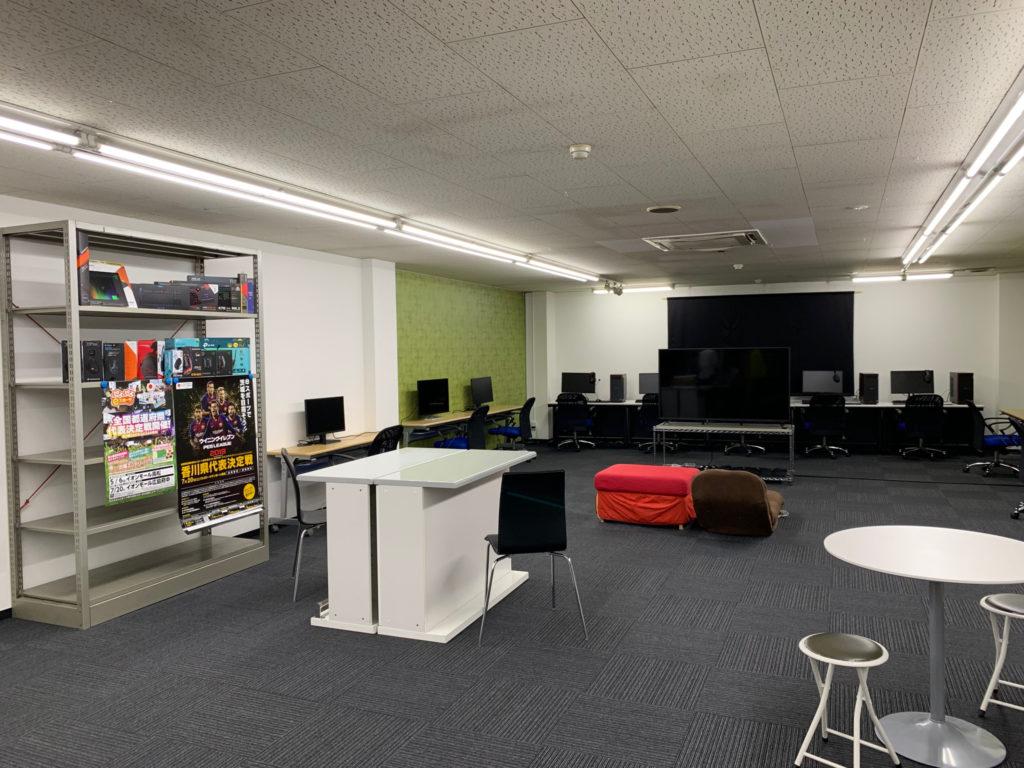 香川 eスポーツカフェ BOOKOFF ARENA in TAKAMATSU